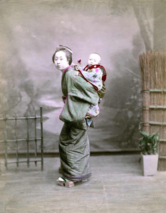 009 Mother and child