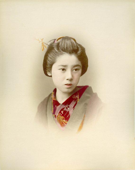 057 Portrait of a woman