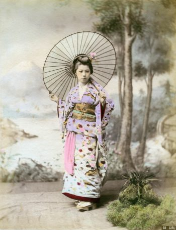 081 Woman with umbrella