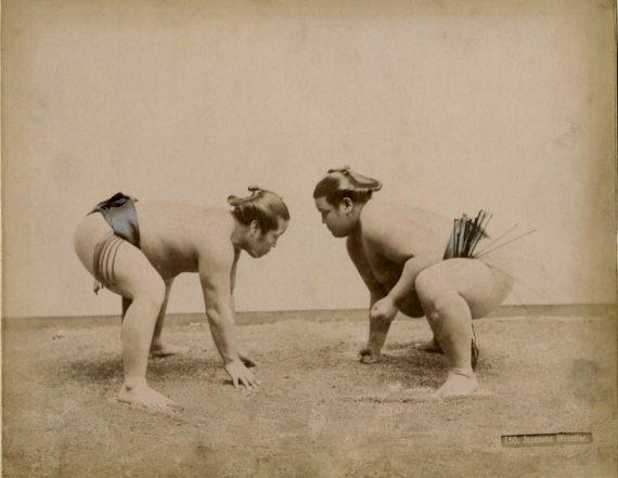 083 Sumo Wrestlers