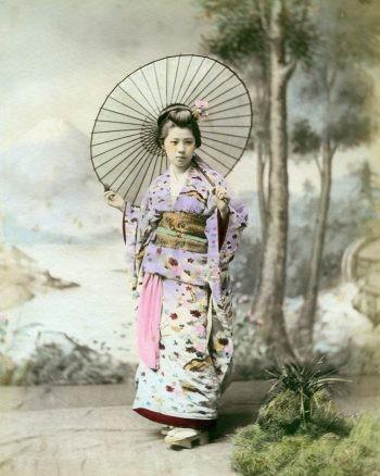 Woman in kimono with umbrella, 1880s (No. 0043)
